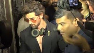 Hrithik Roshan RUNS AWAY from media when asked about Kangana Ranaut!