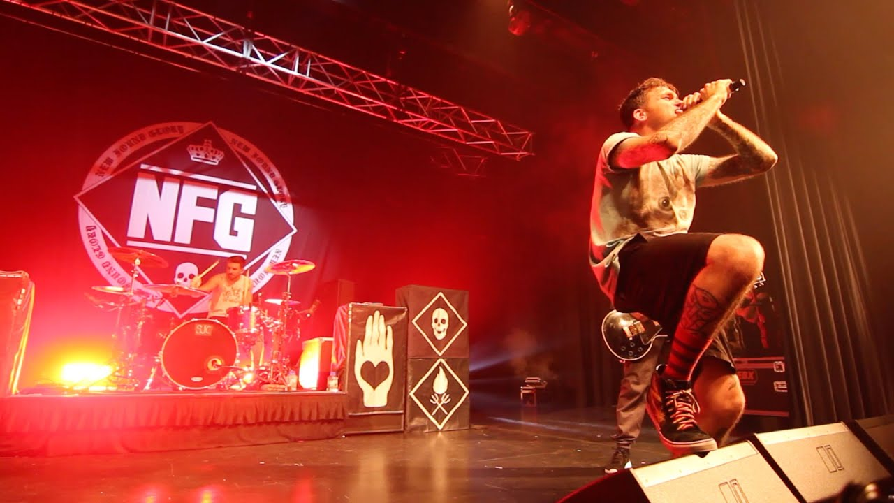 New Found Glory Live in Singapore 2015 - YouTube