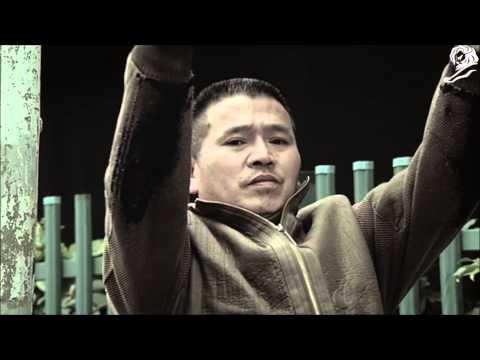 Cannes The Winners 2014 : HUMAN TRAFFIC SIGN SHANGHAI GENERAL MOTORS