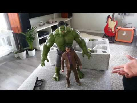 Hot Toys Hulk and Bruce Banner Unboxing and Review