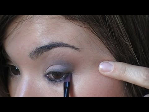 Maquillaje de fallera difuminar las sombras de ojos youtube - Ojos ahumados para principiantes ...