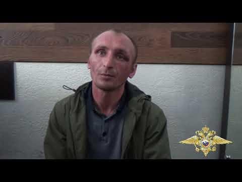 Полицейские Хасавюрта задержали подозреваемых в совершении разбойного нападения на разносчика пенсий