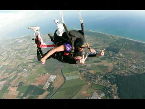 Vitaldix: Paracadutismo Estremo Con Rosa Rossa. Nettuno (tandem Azione Futurista)