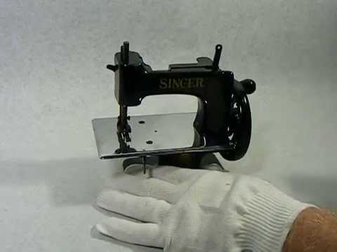 Antique Singer Child's Miniature Toy Sewing Machine YouTube Amazing Miniature Singer Sewing Machine