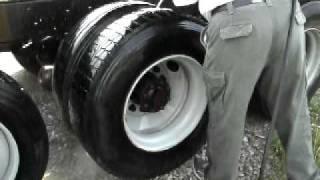 pressurewashing a dump truck