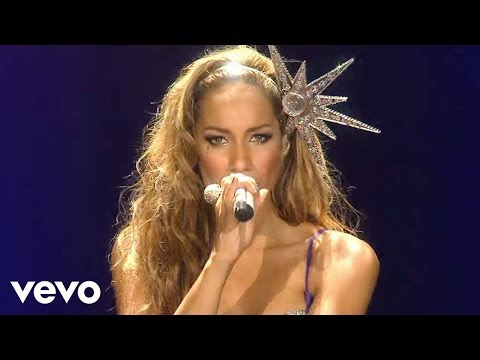 Leona Lewis - Bleeding Love (Live At The O2)