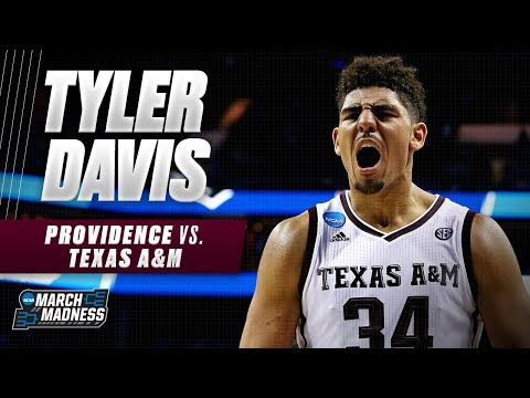 Texas A&M's Tyler Davis used a strong second half to push the Aggies to victory