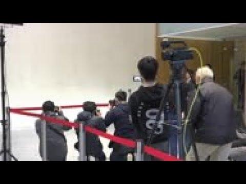 HK leader on effort to control virus spread