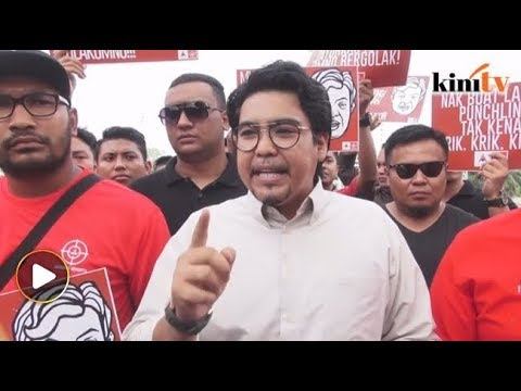 """Zahid, minta maaf pada Mahathir,"" desak ARMADA"