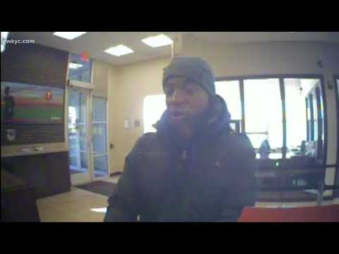 Cleveland Key Bank robbed at gunpoint; police & FBI searching for suspect