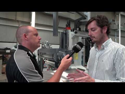 Havier talks about the build of the Correa Experta CNC milling machine