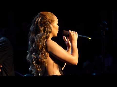 Rebecca Ferguson 'Amazing Grace' @ Royal Albert Hall 04.06.14 HD