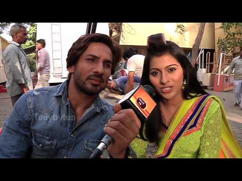 Kalash - Ek Vishwas - Ravi and Devika's Blooming Friendship