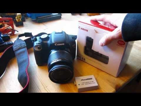 Canon Rebel T2i/550D Battery Grip (BG-E8)