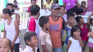 Trouble with relief efforts in the Philippines