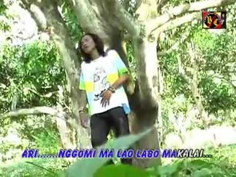 Aan Sapoetra-Watira Arie-Lagu bima 2013