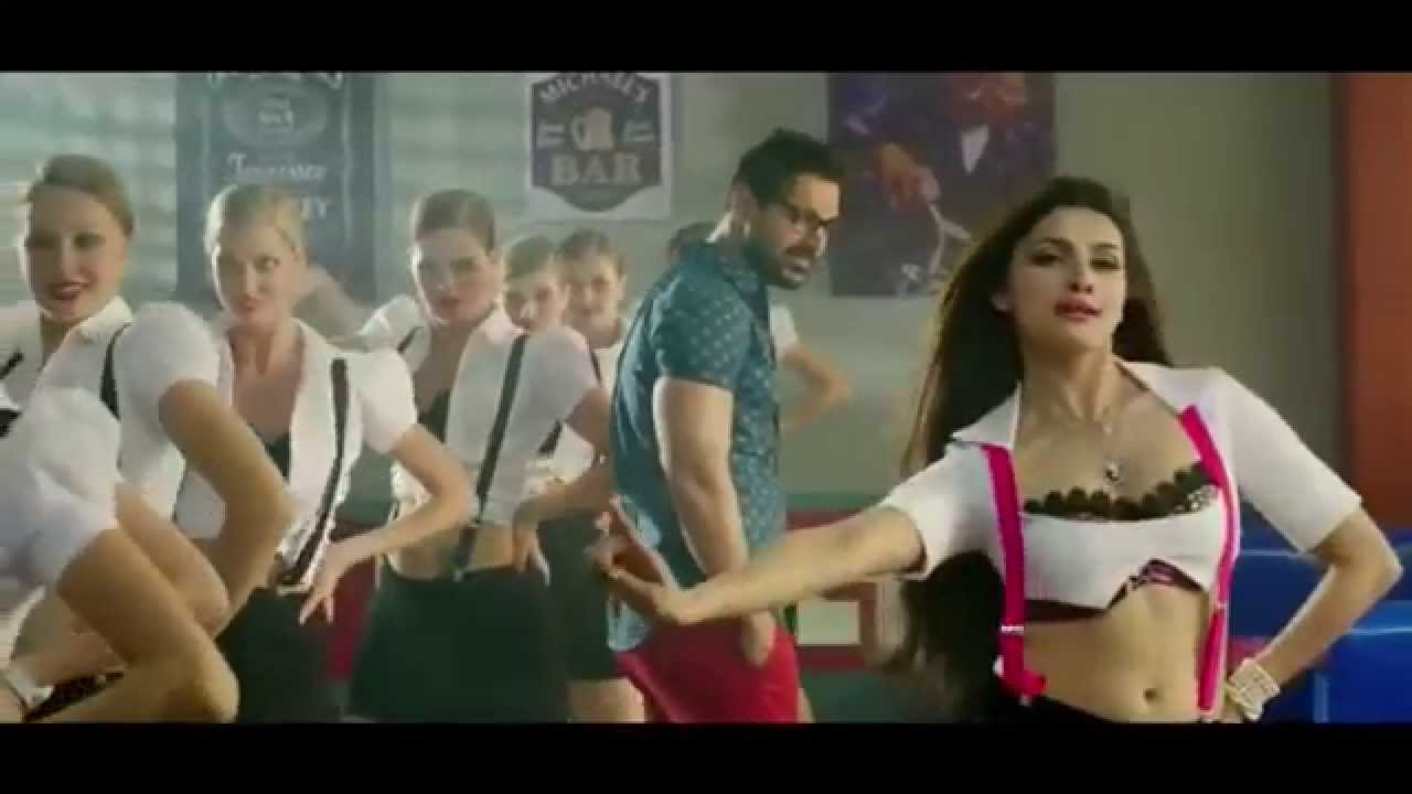 Prachi Desai Hottest Bollywood Babe Exposure And Romance Mp4