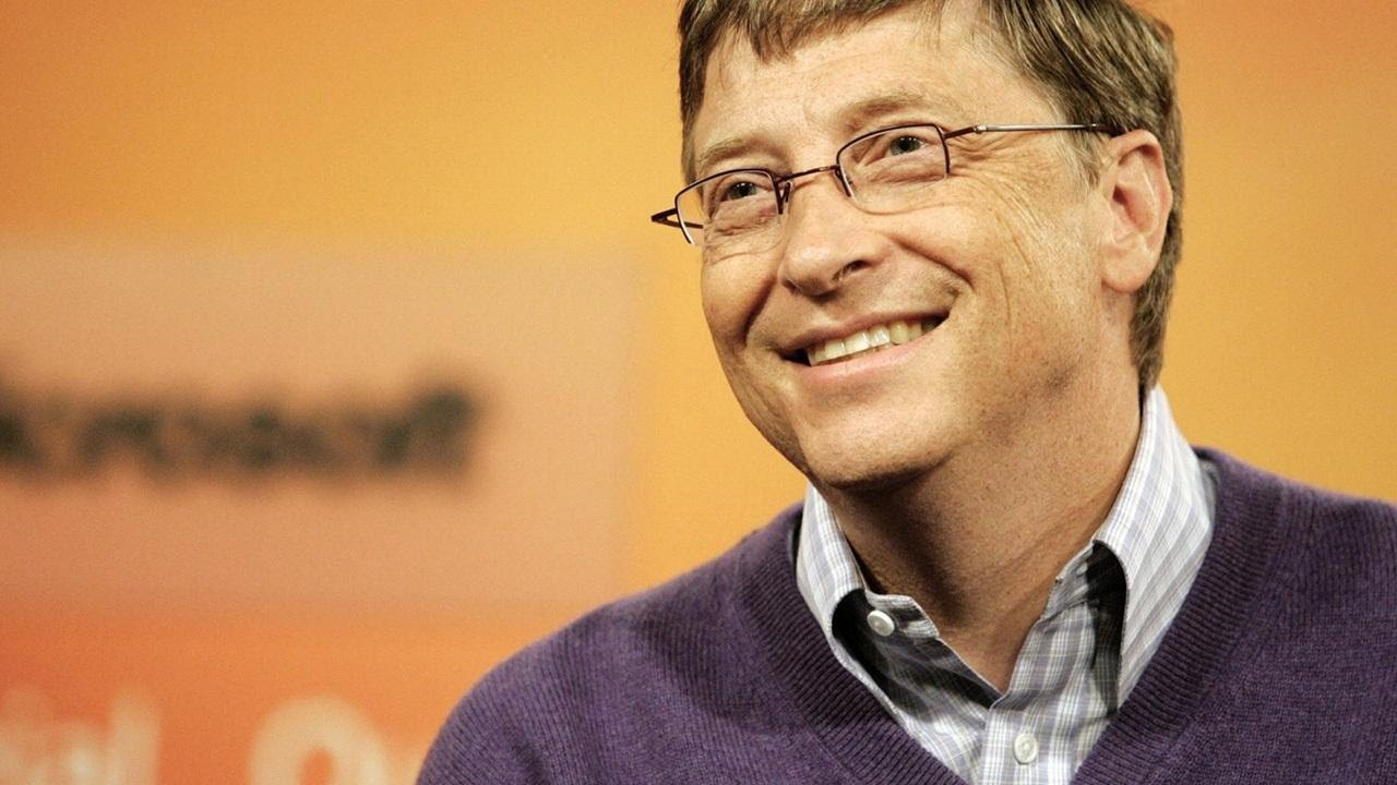 bill gates biography short summary