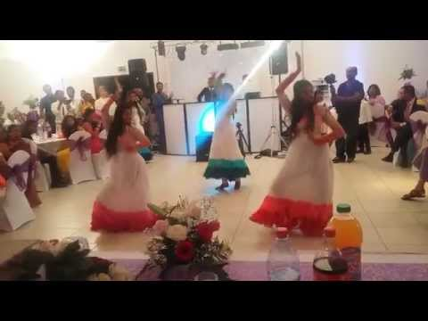 Tamil Dance - Les 3 Roses