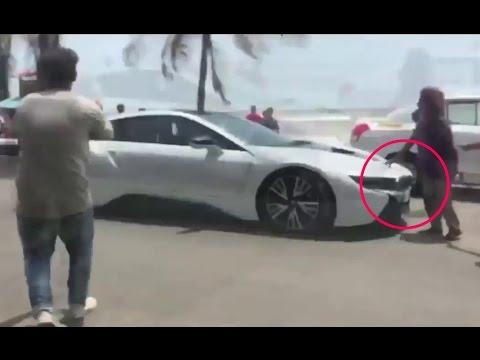 Shahrukh Khan Car Bmw I8 Accident In Bandra Youtube