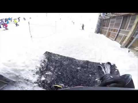 Запись с камеры Михаиля Шумахера спуск на лыжах