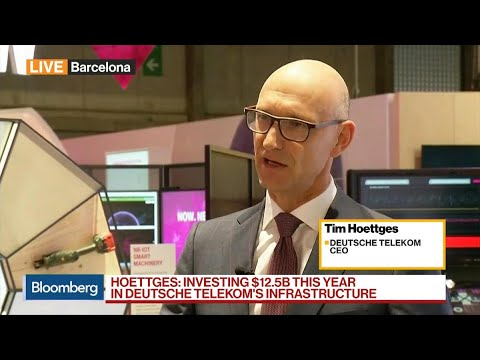 CEO Says Deutsche Telekom Only Group Gaining Customers