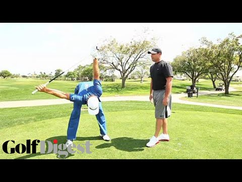 How Dustin Johnson Stretches Before Teeing Off | Fitness Friday | Golf Digest
