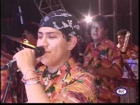 Caribeños De Guadalupe - Muriendo De Amor (En Vivo)