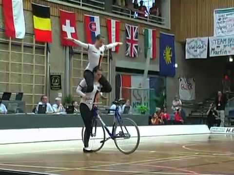 Bicycle skill  VIDEO Videos De Viajes