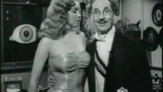 Marilyn Monroe en ''Amor en conserva'' (Love Happy) 1950. Español.