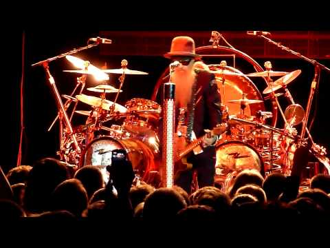 ZZ Top - Heaven, Hell or Houston (Crocus City Hall, Moscow, Russia, 16.07.2012)