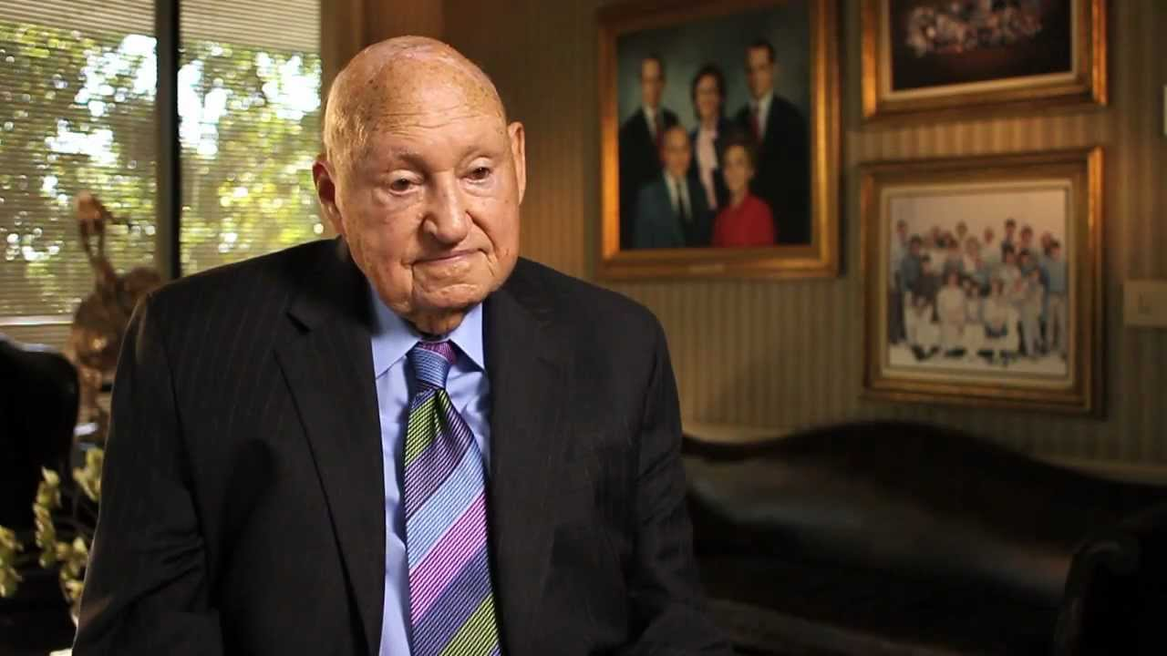 samule truett cathy founding and chairman emeritus Contemporary leader the leader that i chose to research is samuel truett cathy, the founder and chairman emeritus of chic-fil-a, inc cathy has been featured in magazines like forbes and business insider for his success in the fast food industry.