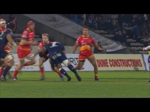 Ole Avei thumping tackle on Sarel Pretorius