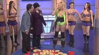 La Tetanic agachandose en el show de A Que No Puedes Canal 62 Los Angeles CA