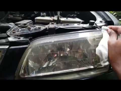 Using WD40 to clean up your discolored headlights - Can WD40 clear up oxidized headlights