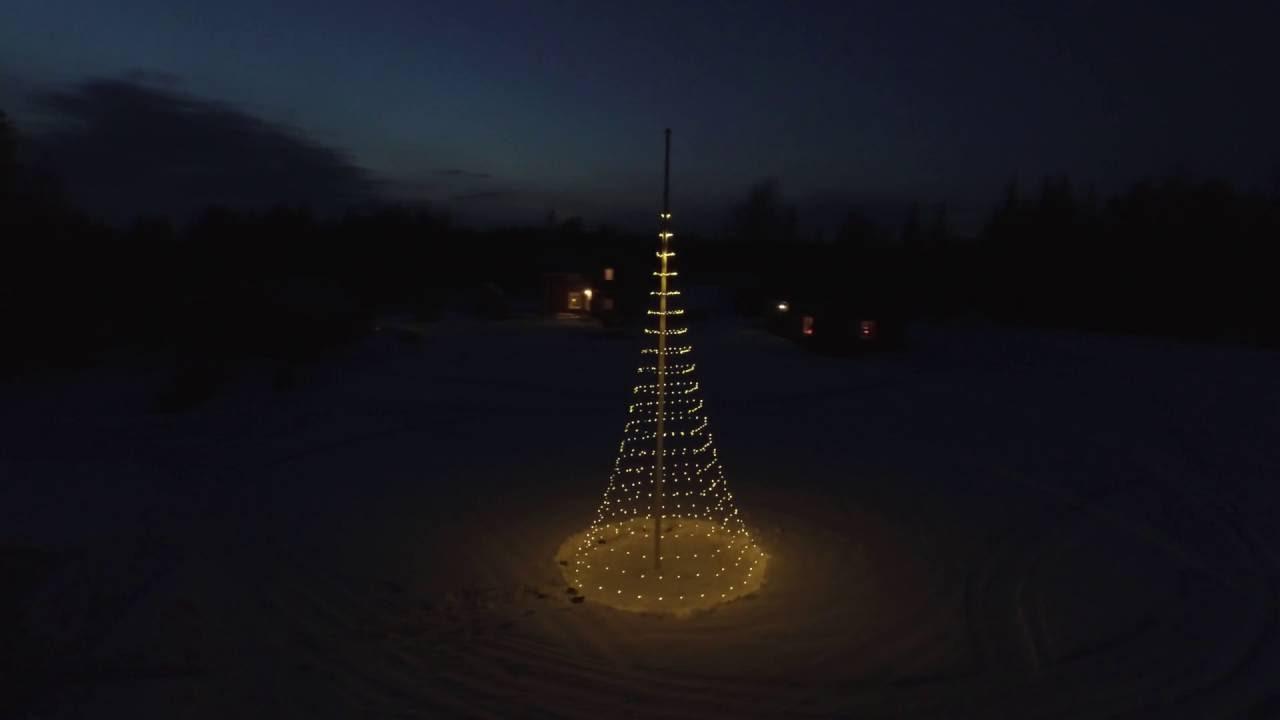 FLAGPOLE CHRISTMAS TREE - Montejaur in Arvidsjaur 65°′N 19°E - YouTube