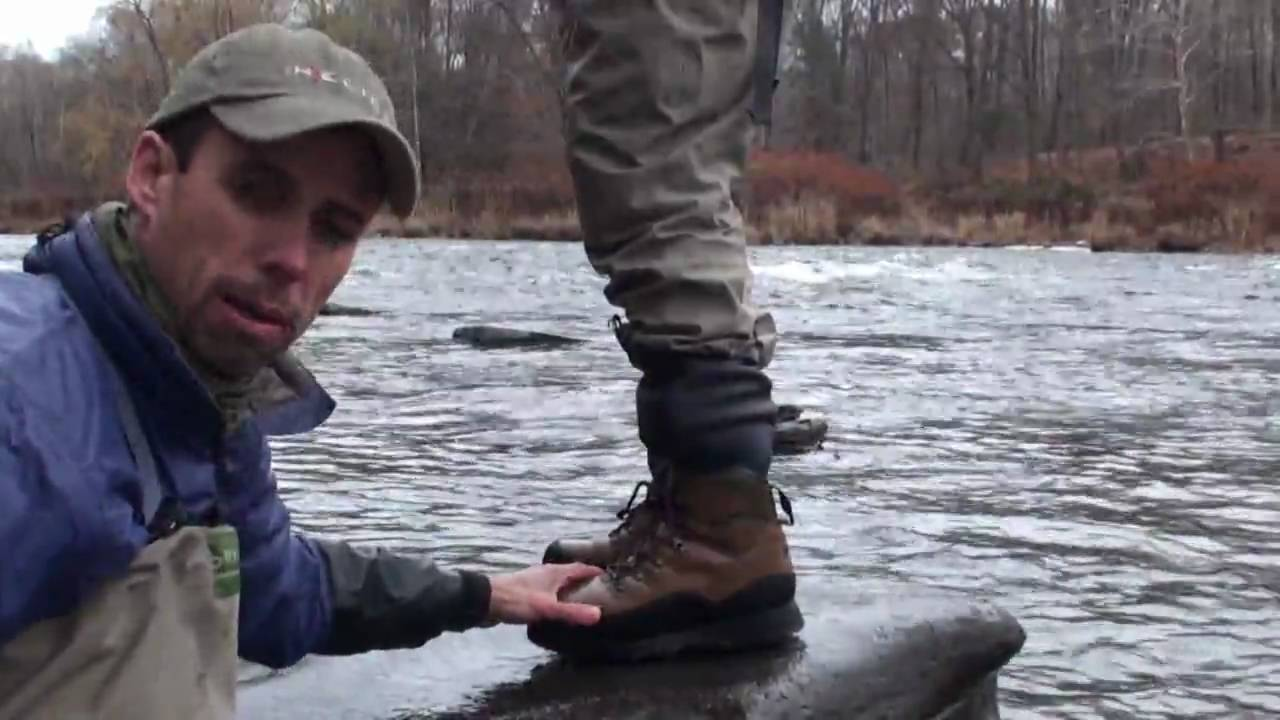 Fly fishing wading boots riverguard wading boot by orvis for Fly fishing shoes