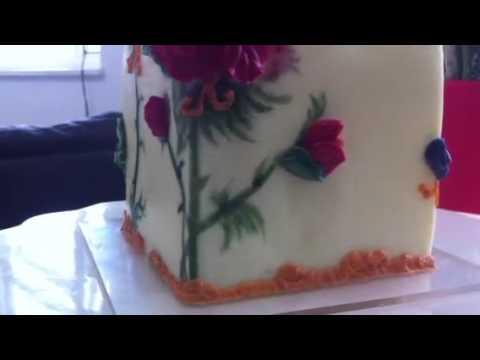 QoH Bespoke Miniature Cake