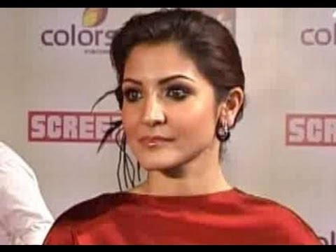Anushka Sharma lashes out at her fan