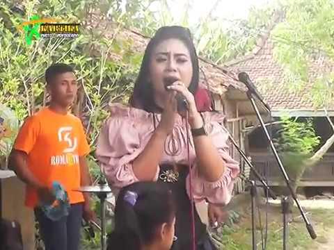 KERAMAT-ACHA KUMALA - OM.ROMANTIKA romantis musik (Live Karangrowo Wonosalam Demak)