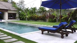 Seminyak Bali Villa Santai for rent 3+1 bedroom holiday rental private pool Oberoi restaurants