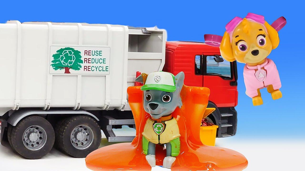 Мегащенки убирают мусор. Видео про машинки и игрушки Щенячий Патруль для детей. Время быть героем