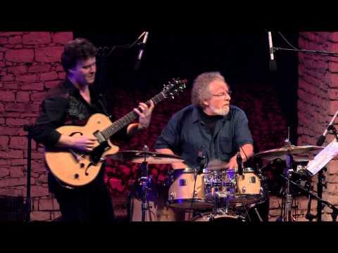 Troc - D'ici et d'en bas (Sylvain Luc) ≡ Festival des Nuits de la Guitare de Patrimonio 2012