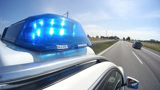 Police running code 3 on German Autobahn | GoPro Hero 3+ and JVC Adixxion GC-XA2