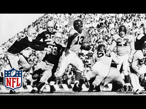 Kenny Washington Breaks The NFL's Color Barrier