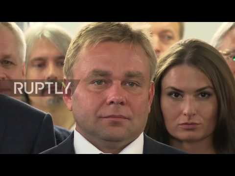 "Russia: ""Our party has won"" - Putin and Medvedev at United Russia HQ"