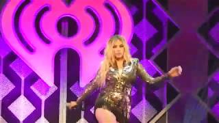 Dinah Jane- Bottled Up (St. Paul Jingle Ball)