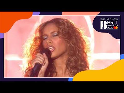 Leona Lewis - Bleeding Love (live At The BRIT Awards 2008)