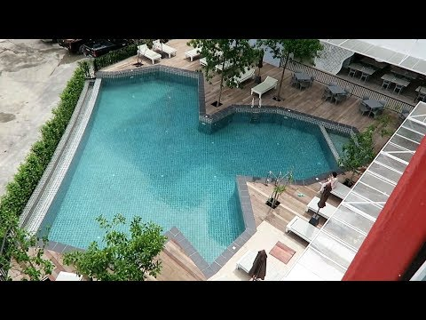 PATTAYA, P PLUS HOTEL,NEW HOTEL CLOSE TO L K METRO WITH POOL ! Vlog 216