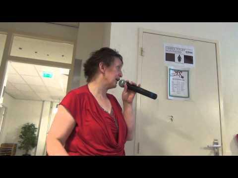 04 15 10 Trudy 6e Nas Karaoke Rotterdam 2015 vr 26 06 15 S1 004